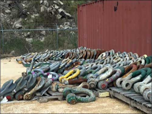 Shackle storage area